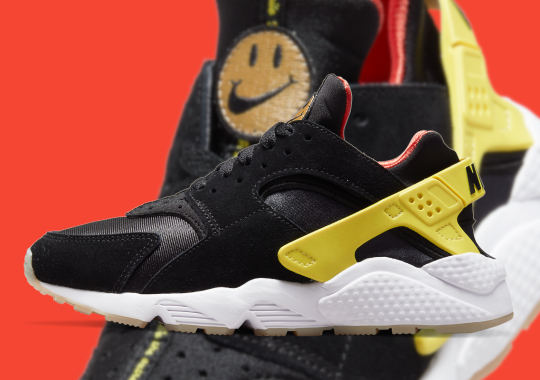"""This Nike Air Huarache Reminds You To """"Go The Extra Smile"""""""