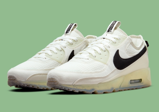 """The Trail-Inspired Nike Air Max 90 Terrascape Reappears In """"Sail"""""""
