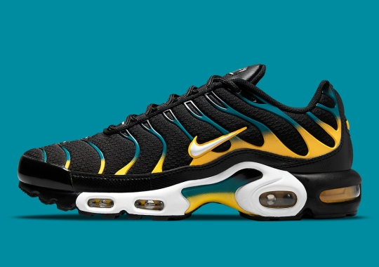 The Nike Air Max Plus Recolors Its Gradient With Yellow And Teal