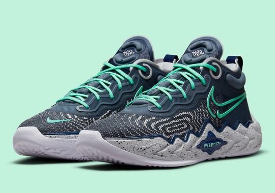 The Nike Air Zoom GT Run Makes A Mint-Accented Return