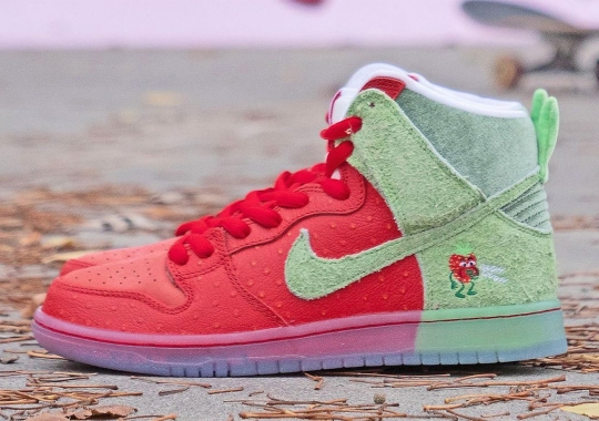 """Where To Buy The Nike SB Dunk High """"Strawberry Cough"""""""